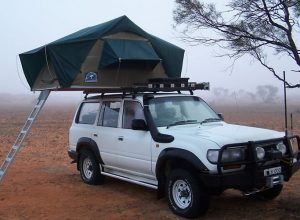 4x4 Land Cruiser with Roof top tent